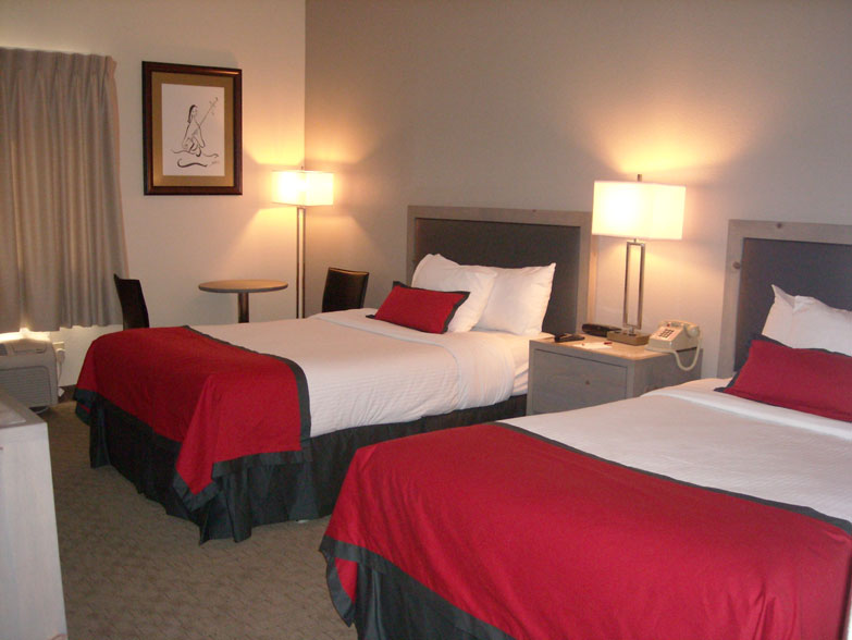 Ramada Plaza Hotel Anaheim Garden Grove CA Details of Rooms